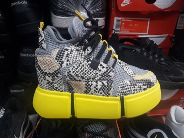 Trending  Shoes
