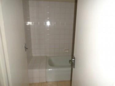 UNFURNISHED 1 BEDROOM 1 BATH FOR RENT