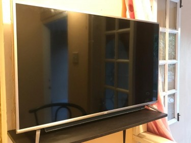 43 Inch JVC Smart TV