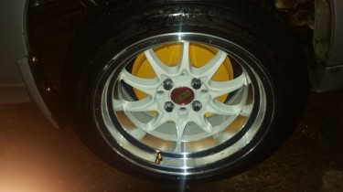 Chrome And White Rims 15 Inch