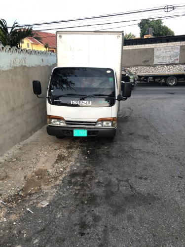 2001 Isuzu Box Body Truck