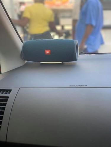 JBL Bluetooth Speaker Brand New