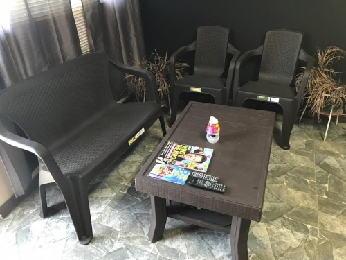 Saloon Furniture And Equipments Cheap!!!