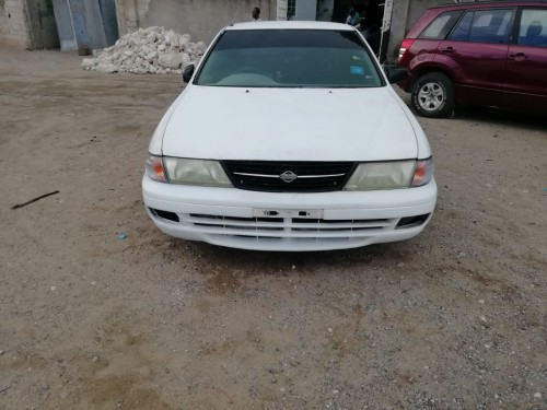 Nissan B 14 1998