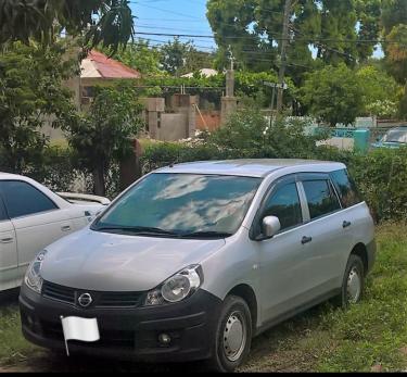 2015 Nissan AD