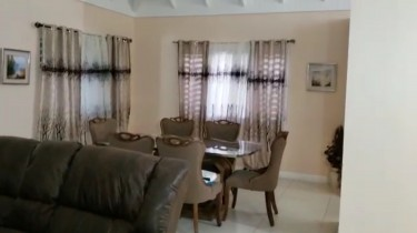 3 Bedrooms 2 Bathrooms House At RICHMOND ESTATE