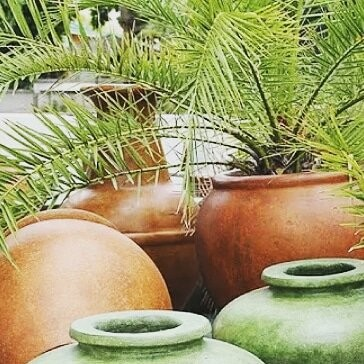 BEAUTIFUL POTTERY FOR