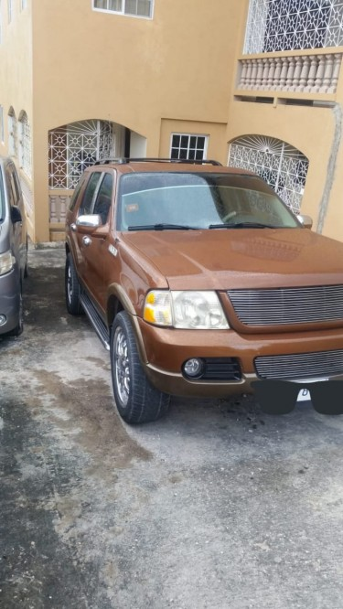 2003 Clean Ford SUV Make Me An Offer Or Trade
