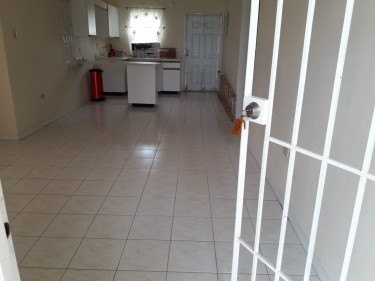 UNFURNISHED 2 BEDROOM 1 BATH HOUSE