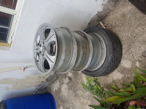 17 Rims 1 Tyre 5X114.3