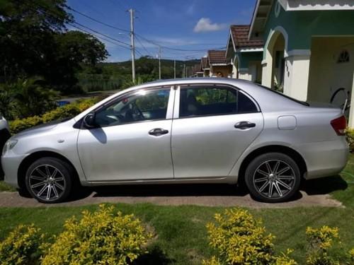 2010 Toyota Axio 1.250neg