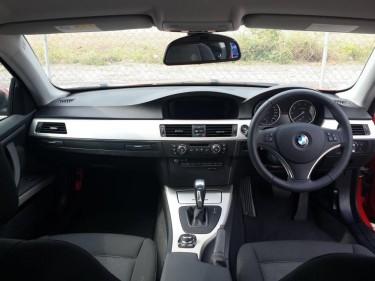 BMW 320I 2009 (E92)
