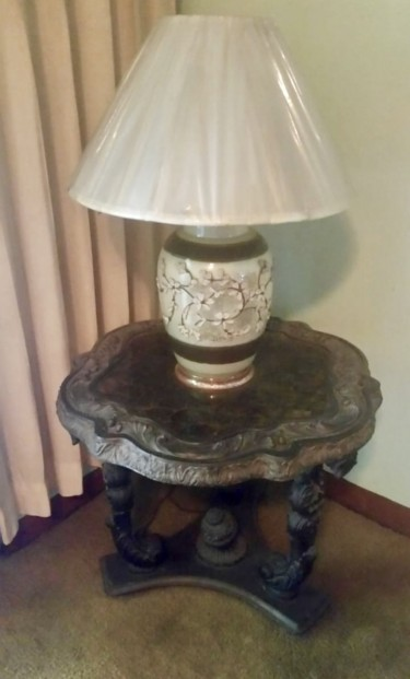 Vintage Lamp And Corner Table