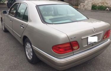 1998 MERCEDES BENZ E200