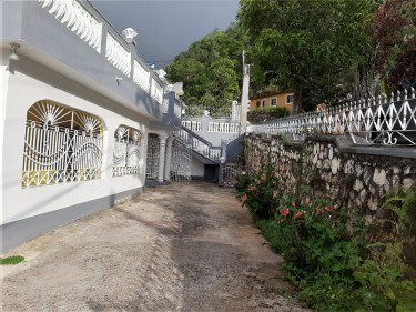 1 Bedroom 1 Bath - Red Hills Padmore St. Andrew