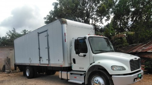 Truck And Truck Parts Call  8215633