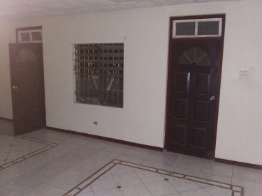 2 Bedroom Part Of House