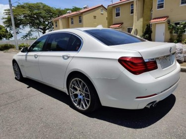 2014 BMW 730i