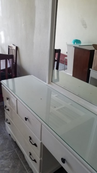 White 4 Piece Dresser Set