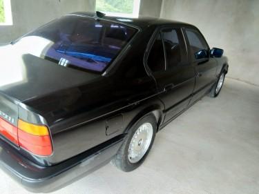 1993 BMW 520i E34