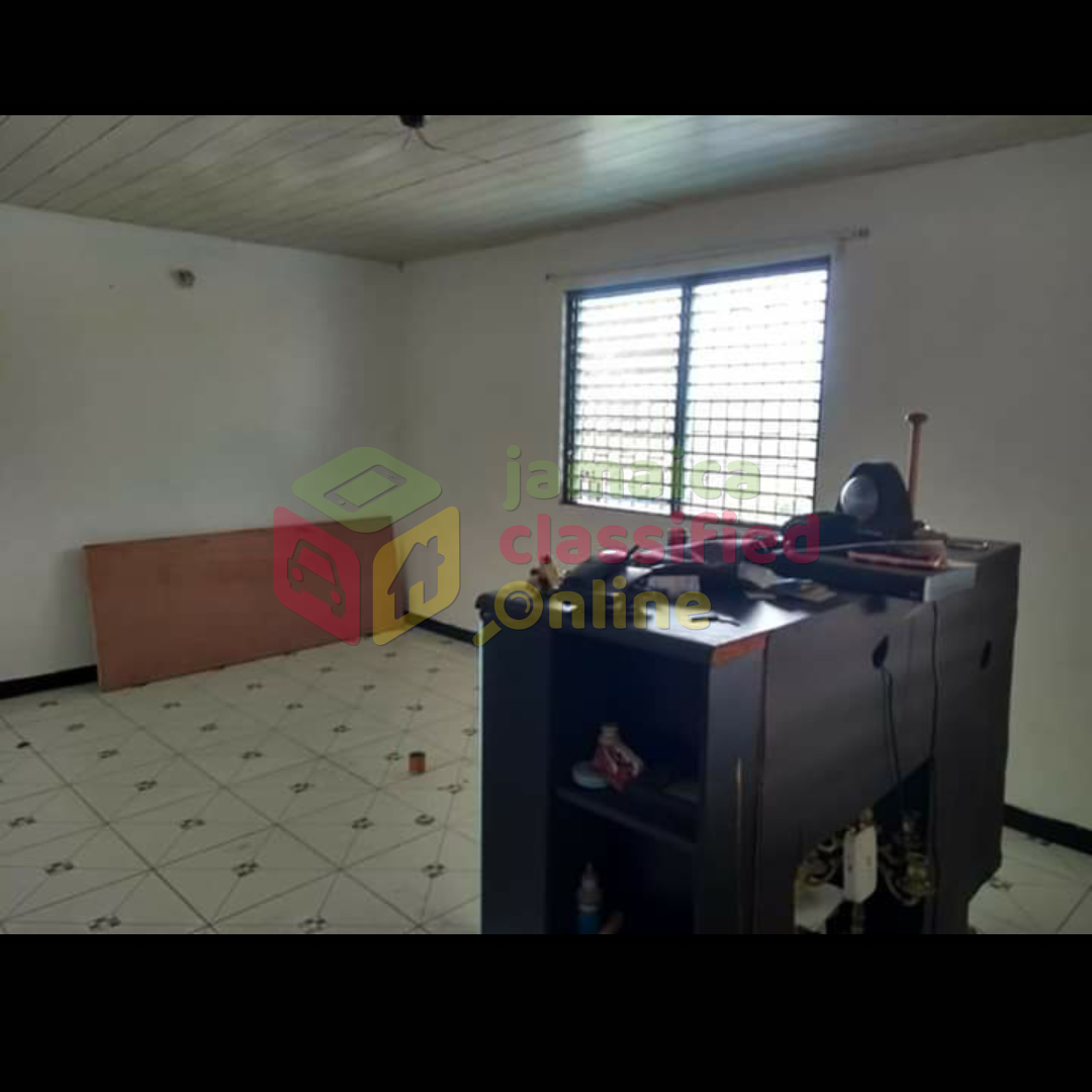 2 Bedroom 1 Bathroom House For Rent In Spanish Town St