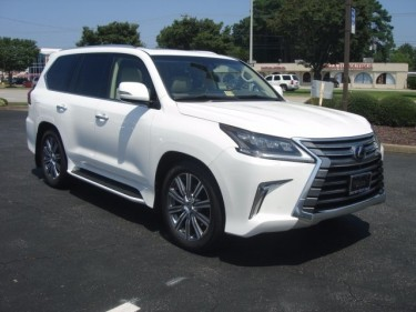 PERFECTLY USED 2016 LEXUS LX 570 SUV Gulf Specs FO