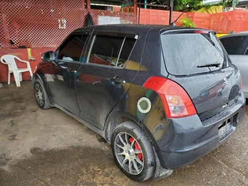 2008 Black Suzuki Swift