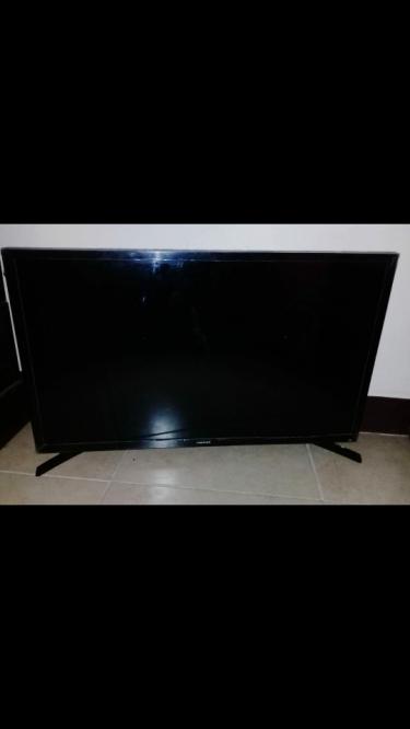 32 Inch TV