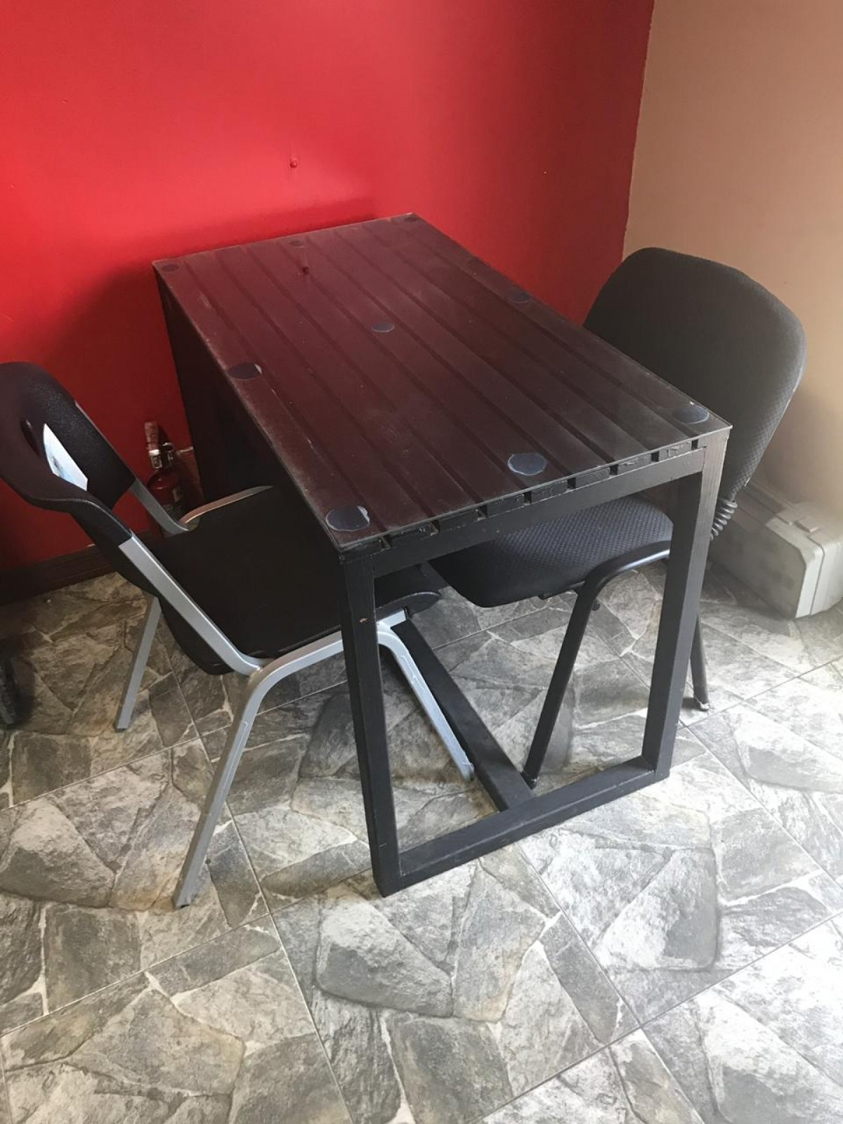 Salon Equipment And Furniture For Sale in Kingston Kingston St