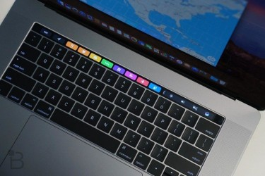 MINT 2019 MAC BOOK PRO 13INCH WITH 256SSD