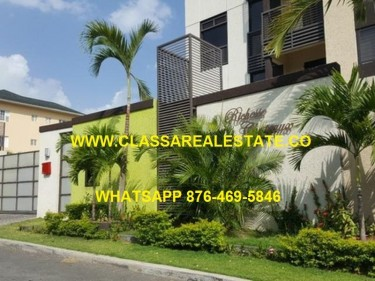 FULLY FURNISHED 3 BEDROOM 3 BATH LUXURY APARTMENT