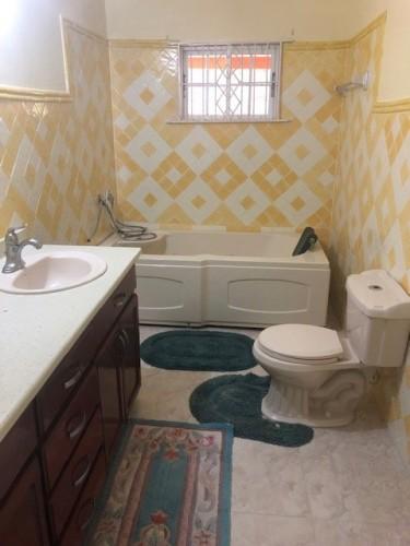 5 Bedroom 3 Bathroom (6 Patrick Mews)