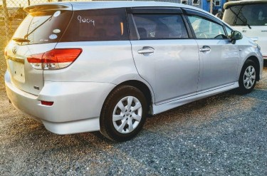 2011 Toyota Wish Newly Imported