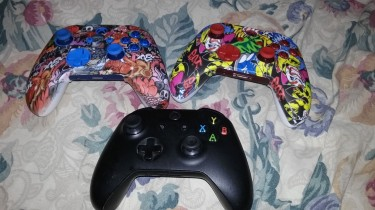 PS4/XBOX ONE CONTROLLERS