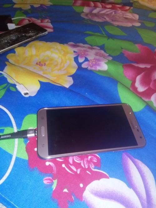 Samsung Galaxy J 7