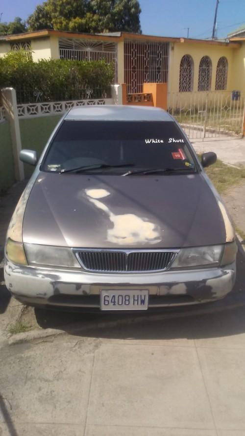 Car B14