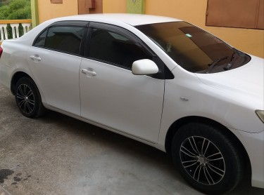 2010 Toyota Axio 4WD