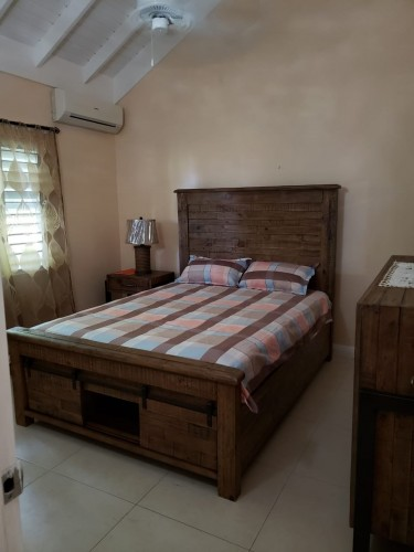 RICHMOND ESTATE 3 BEDROOMS 2 BATHROOMS HOUSE