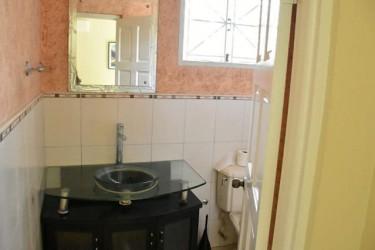 2 Bed, 2 Bath Rental Apt - Waterloo