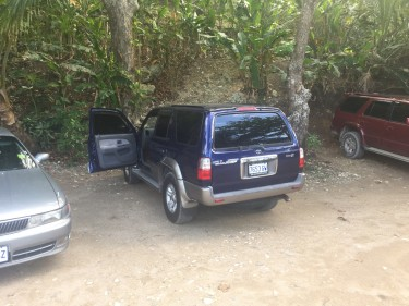 2001 Toyota Hilux Surf SSR X