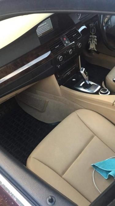 2009 BMW 525i