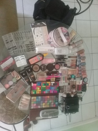Professional Face And Body Make-up Kit For Sale.