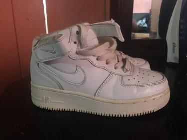 Nike (Air Force 1)