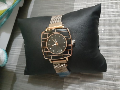 Classy And Elegant Watches At Different Prices