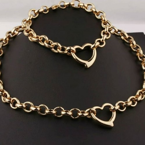 Stainless Steal Chain Sets In Silver And Gold