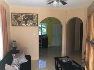Luxury Apt 1 Bedroom 1 Bath- Completely Furnished