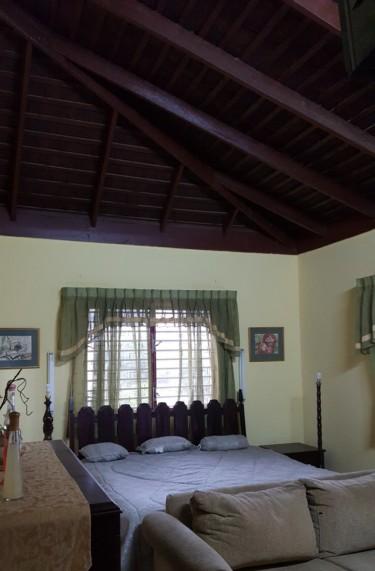 Lovely Furnished 1 Bedroom 1 Bathroom SPAR RENTAL