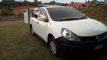 2011 Nissan Ad