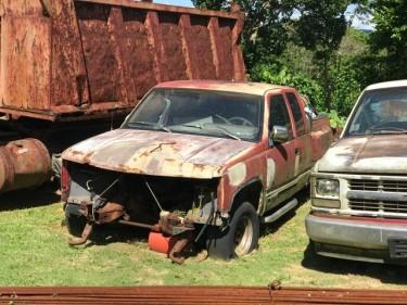 Chevrolet Cheyenne Body & Parts