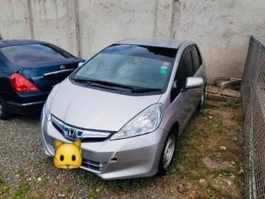 2013 Honda Fit Hybrid